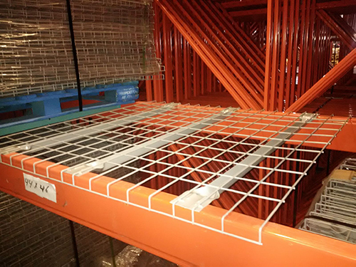wire-mesh-decking-on-pallet-racking